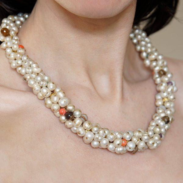 collar-perlas-piedranatural-cyril